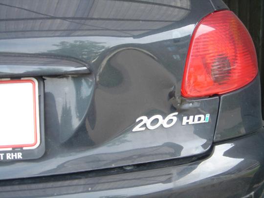 Bule i Peugeot 206